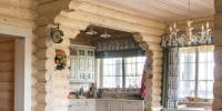 Уютная гостиная в светлых полутонах